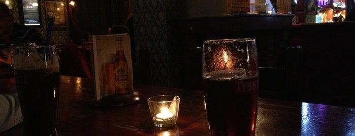 highlander pub is one of Orte, die Ksenia gefallen.