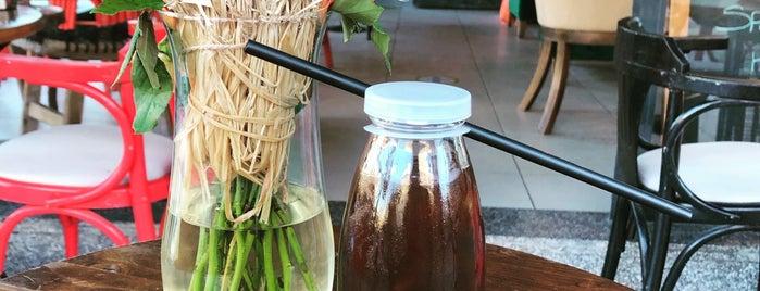 6oz Coffee is one of CMR'ın Beğendiği Mekanlar.