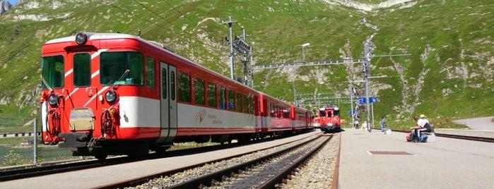 MGB Oberalppass is one of Orte, die Andreas gefallen.