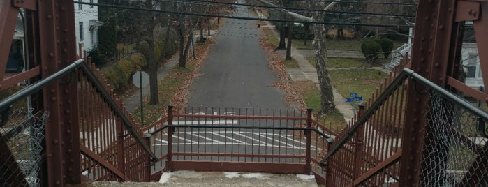Historic Atlantic City RR Pedestrian Overpass is one of Orte, die Mikey gefallen.
