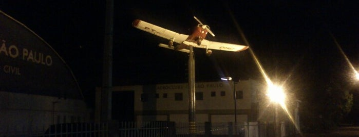 Aeroclube de São Paulo is one of Orte, die Lance gefallen.