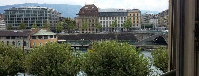 Hotel des Tourelles is one of Locais salvos de Aniya.