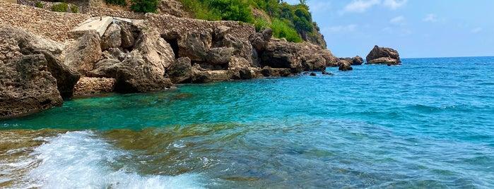Akra Barut Beach is one of Antalya.