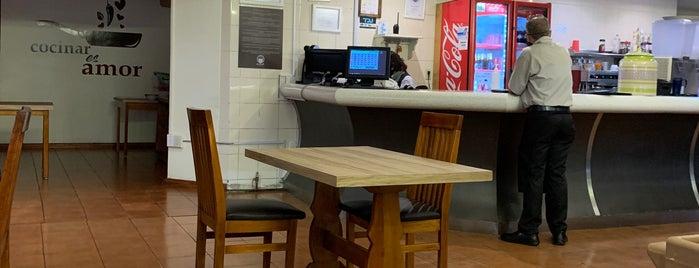 La Placita Cafetería is one of Cyril'in Kaydettiği Mekanlar.