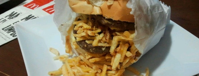Pato Lanches is one of compartilhar com amigos.