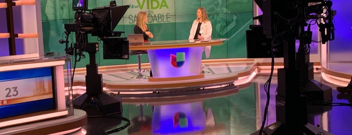 Fusion Newsport/Univision Noticias is one of Myrnaさんのお気に入りスポット.