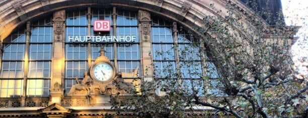Frankfurt (Main) Hauptbahnhof is one of Locais curtidos por Kevin.