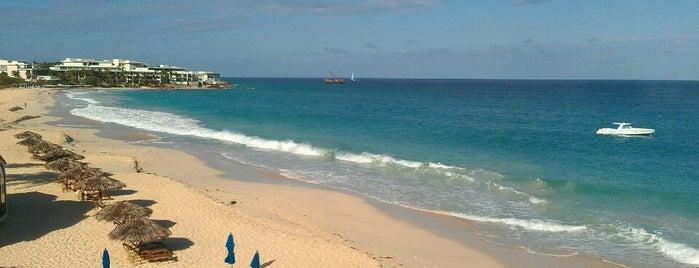 Turtle's Nest Beach Resort is one of Tempat yang Disukai Tobias.