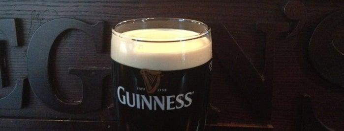 Donegan's Pub is one of Laikam būs jāaiziet.