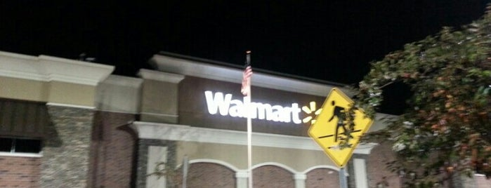 Walmart Supercenter is one of Kenneen'in Beğendiği Mekanlar.