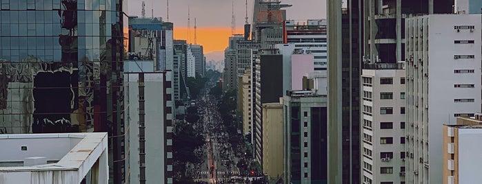 Sesc Avenida Paulista is one of Locais curtidos por Alberto.