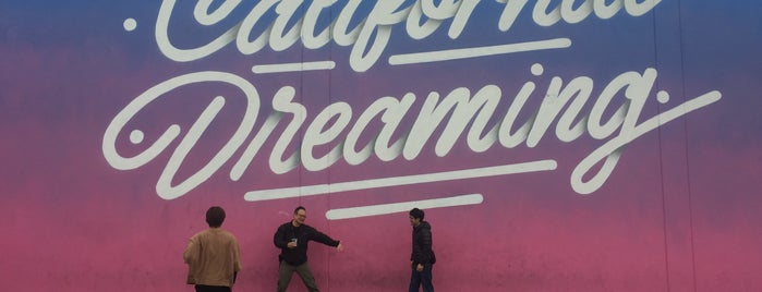 California Dreaming is one of LA Stroll.