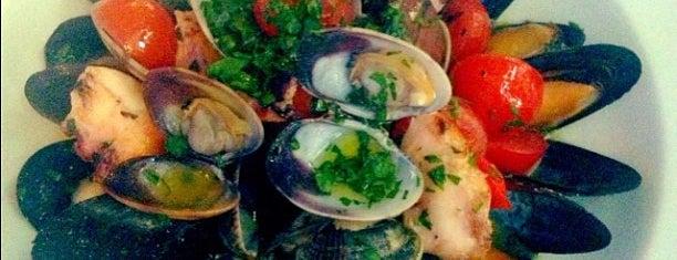 Da Vinci Fish Club is one of Рестораны Киева / Restaurants (Kyiv).