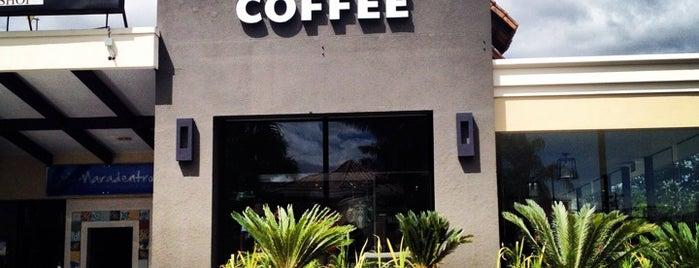 Starbucks is one of Rassielさんのお気に入りスポット.