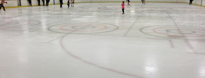 The Rinks Westminster Ice is one of Aaliyah: сохраненные места.