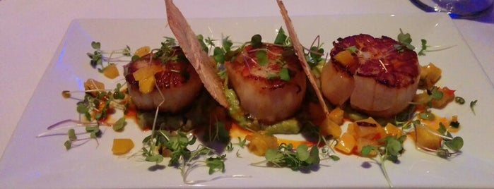 Niles NYC Bar & Restaurant is one of Affinia Manhattan's Local Tips.