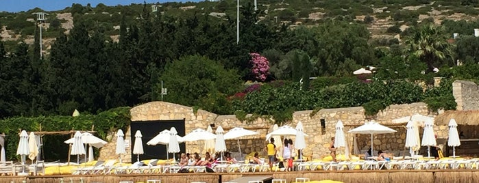 Tren Beach Club is one of Alaçatı.
