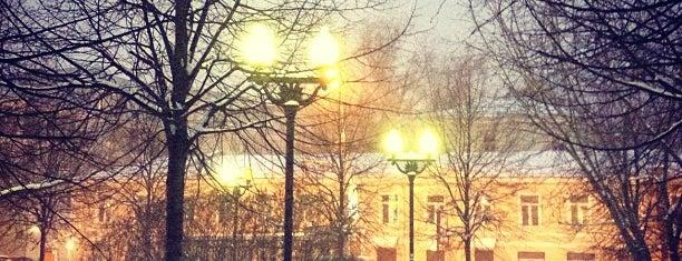 Tsvetnoy Boulevard is one of Москва.