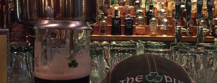 The Irish Pub is one of Bogota.