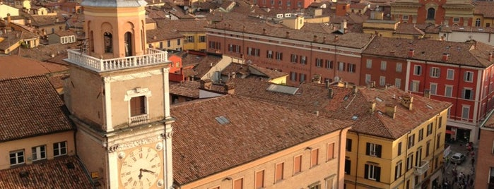 Piazza Grande is one of Modena.