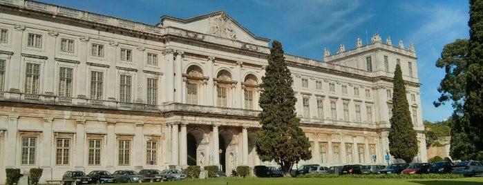 Palácio Nacional da Ajuda is one of Locais Visitados.