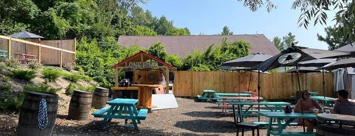 Lone Pine Brewing is one of Rachel : понравившиеся места.