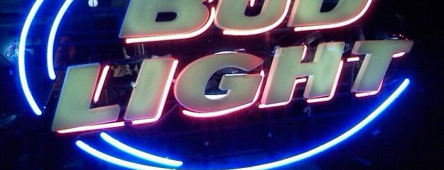 Knuckleheads Pub & Grub is one of Favorite Nightlife Spots.