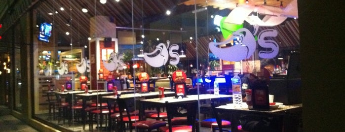 Chili's Grill & Bar is one of Bexさんのお気に入りスポット.