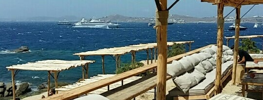 Scorpios Mykonos is one of Orte, die Koray gefallen.