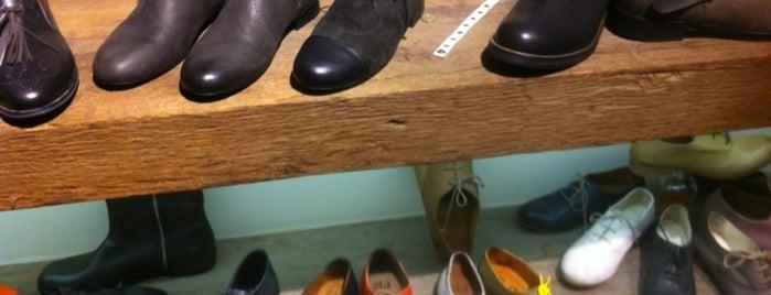 Old Sandal is one of Zero Dağıtım Noktaları: Gece & Müzik.