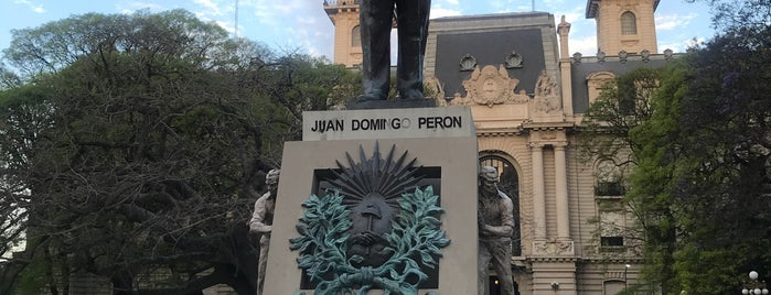 Plaza Pres. Juan Domingo Perón is one of En la Ciudad.