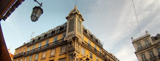 Largo do Chiado is one of 101 coisas para fazer em Lisboa antes de morrer.
