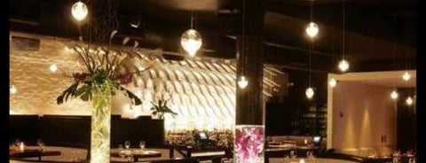 STK Downtown is one of Lizzie 님이 저장한 장소.