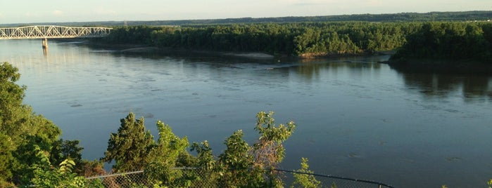 Missouri River is one of Gespeicherte Orte von Donna.