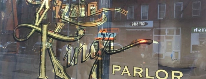 Lizzie King's Parlor is one of Cocktails.