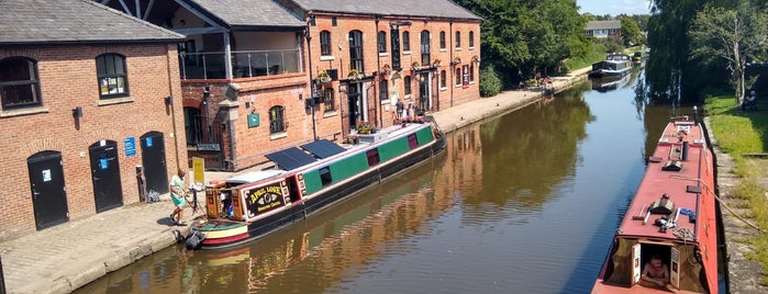 Burscough Wharf is one of Phat's Liked Places.