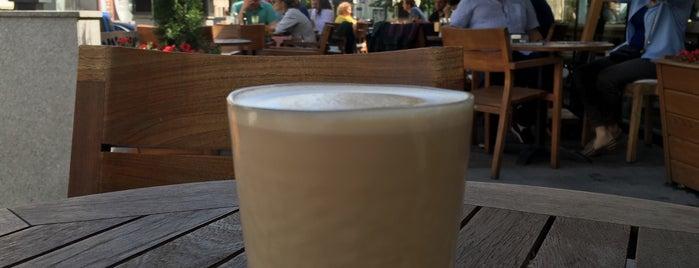 Coffeemania is one of Lugares favoritos de DK.