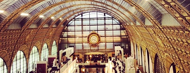 Museo de Orsay is one of Paris Spots.