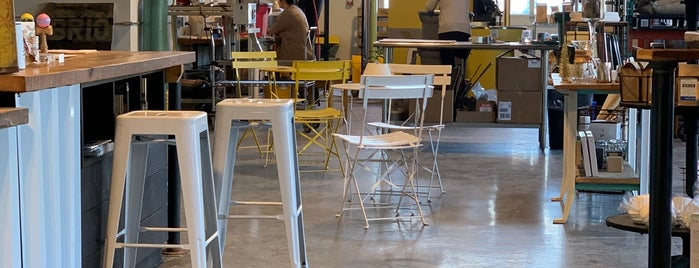 Brio Coffeeworks is one of Lugares favoritos de Cole.