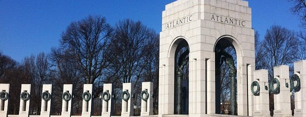 World War II Memorial is one of DC Bucket List.