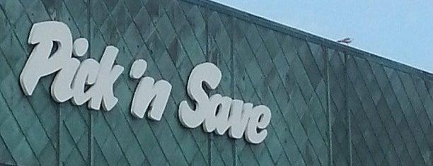 Pick 'n Save is one of Lugares favoritos de Danny.