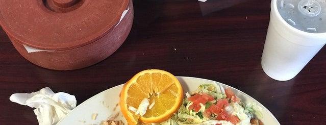 Tacos Mi Pueblo is one of Ventura Faves.