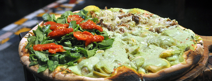 Di Fondi Pizza is one of Vegetariano/natural.