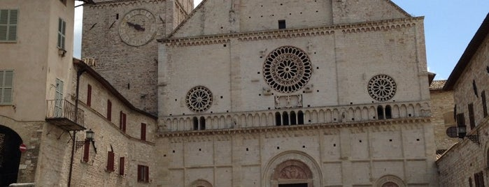 Cattedrale di San Rufino is one of Assisi city guide.
