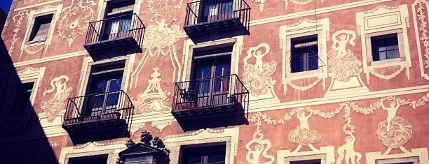 Plaça de Sant Josep Oriol is one of Claudia : понравившиеся места.