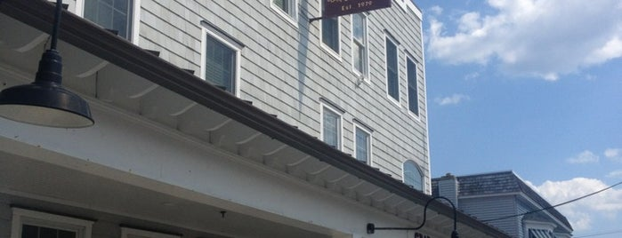 Crab's Claw Inn is one of Foodie NJ Shore 1.