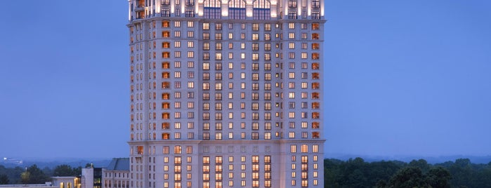 The St. Regis Atlanta is one of Mina: сохраненные места.