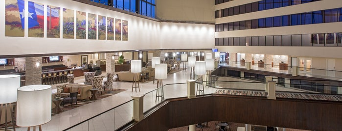 Hyatt Regency Houston Intercontinental Airport is one of Tengo que probarlos.