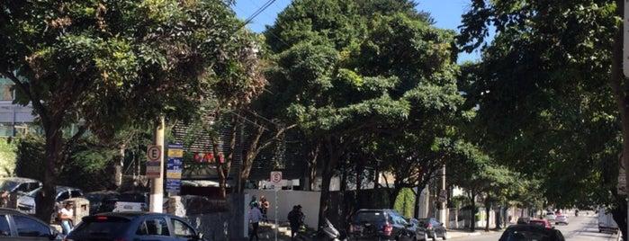 Rua Doutor Diogo de Faria is one of สถานที่ที่ M. ถูกใจ.