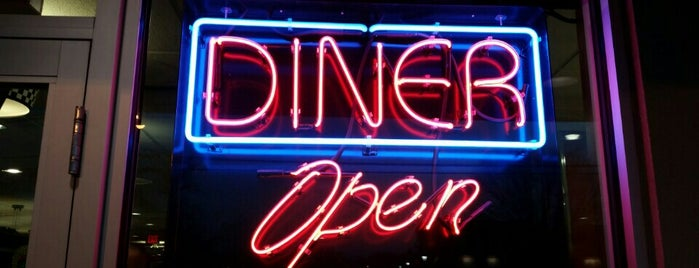 Florham Park Diner is one of Lizzie: сохраненные места.